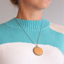 Kalanappi necklace Lrg, ochre salmon