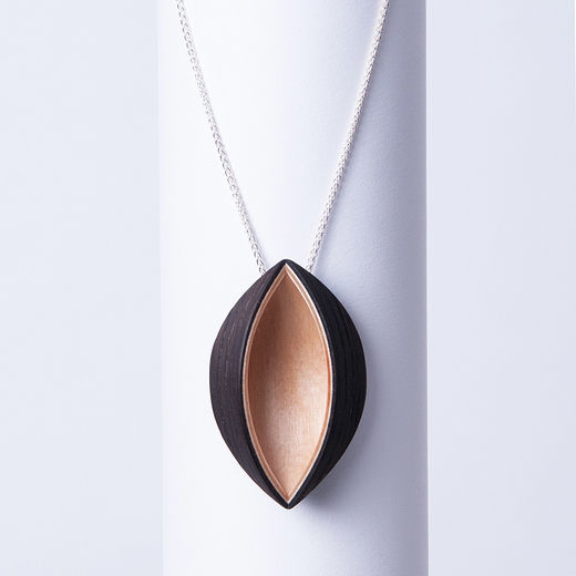 Viilu - Valo & Varjo necklace